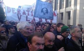 Nekoliko hiljada ljudi na protestima u Podgorici