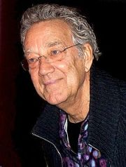 Ray_Manzarek_in_Jan_2009_cropped
