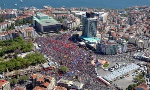 pobuna-u-turskoj-tisuce-na-trgu-taksim-nakon-povlacenja-interventne-policije_3331_4953